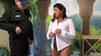 Jennifer: F2P - You Need To Undress, Ma'am